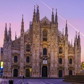 Si vous participez aux célébrations à Milan, nous serons heureux de vous y retrouver ! Si vous participez chez vous, joignez-vous à la fête sur les médias sociaux !